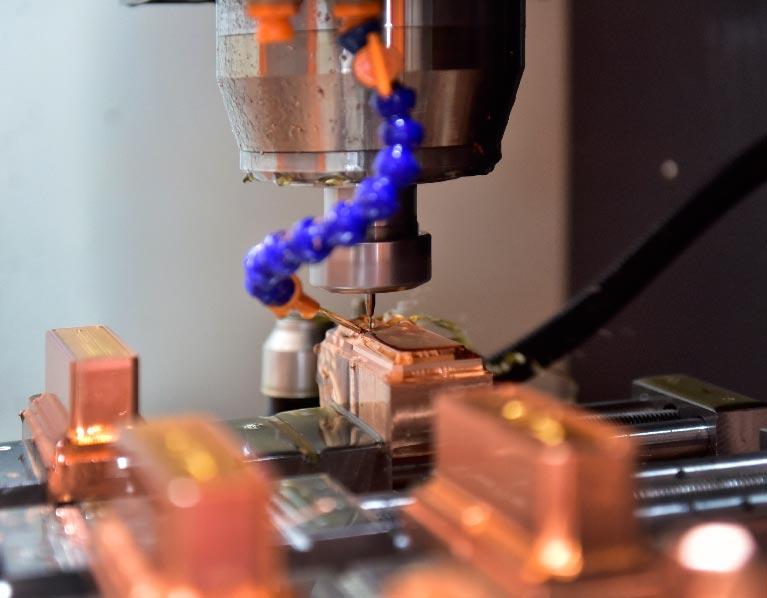 Die-Casting-tooling-Aluminum-Die-Casting-Parts-Equipment