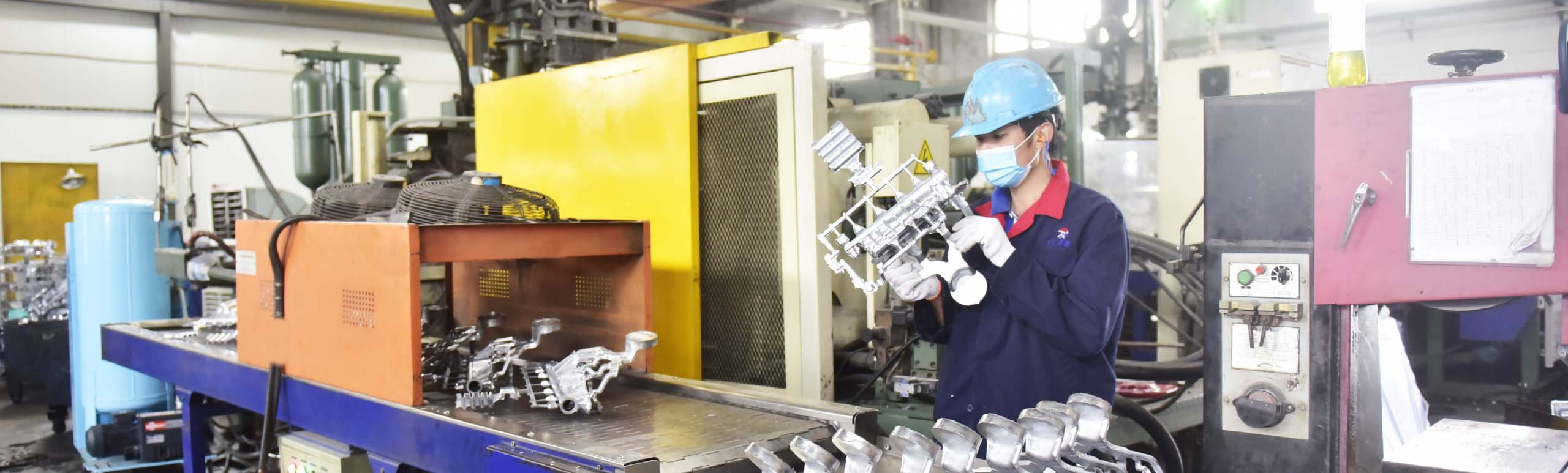 High Pressure Die Casting Process in Sunrise's workshop