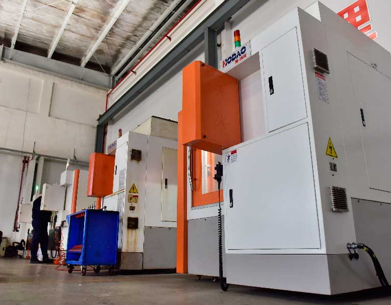 Mold-CNC-Machinery-Rapid-Tooling-Service-Equipment
