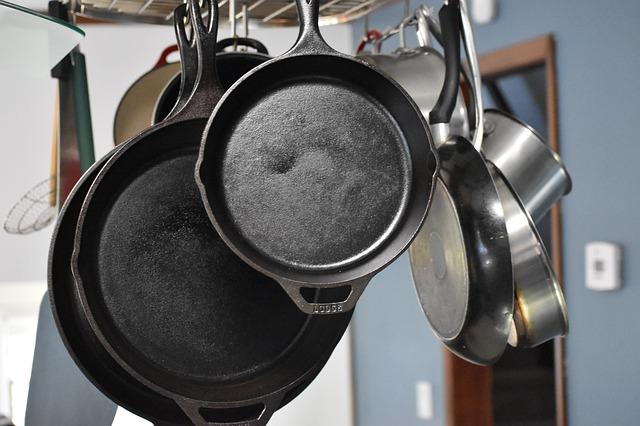 cast-iron&cast-aluminum-cookware