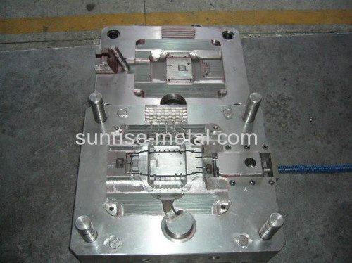 .cast-aluminum-mold