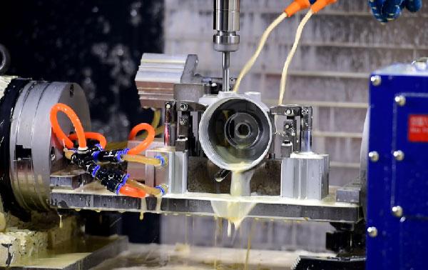 Figure-4-Running-the-5-Axis-CNC-Machine