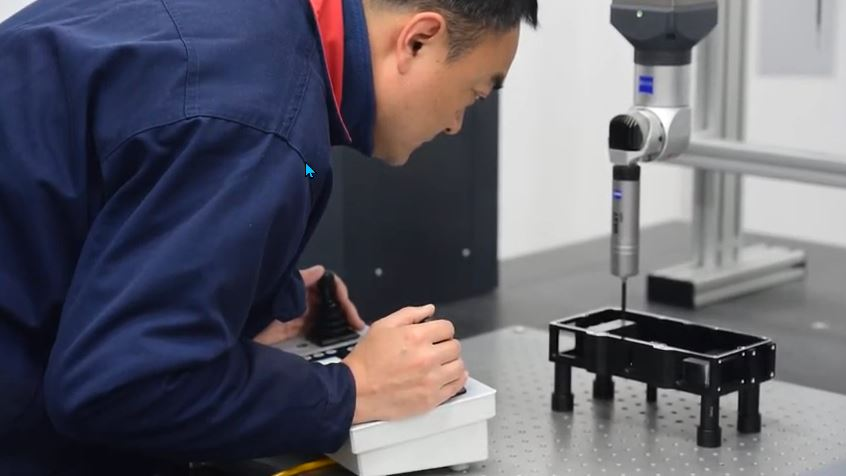 Inspecting a Part with Zeiss CMM